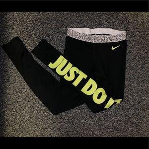 Nike leggings!💛